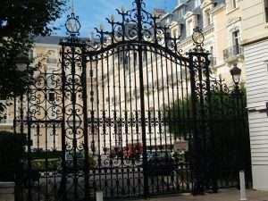 Biarritz gateway